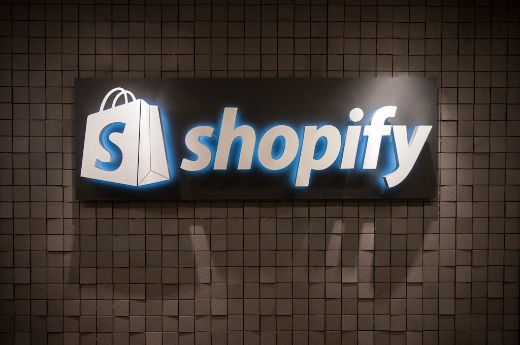 All About Shopify Store Design Trendy Crunch